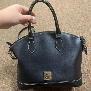 Dooney and Bourke purse. Barely used.